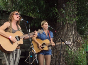 Whippoorwill (Alysia Kraft and Sandi Foster) at Finspiration 2